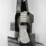 Pablo Picasso, Guitare (Paris, 1924). Construção em chapa de metal recortada e dobrada, caixa de ferro e arame pintados, 111x63,5x26,6 cm. Musée national Picasso-Paris. Foto: © RMN-Grand Palais (Musée national Picasso-Paris) / Hatala Béatrice © Succession Pablo Picasso / AUTVIS, Brasil, 2016.