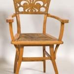 Sebasti+á Junyent Evarist Roca- Cadeira poltrona- 1899- 92 x 44 x 57 cm- Madeira vazada e torneada- e cobre- Doa+º+úo de Maria Junyent- 1981- Museu Nacional d'Art de Catal